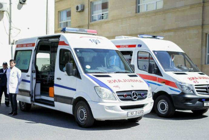 <p><strong>Prezidentin adından Naxçıvana ambulanslar təqdim edilib</strong></p>