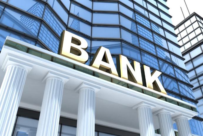 Ləğv olunmuş 4 bankın əmanətçilərinə 640 milyon ödənildi