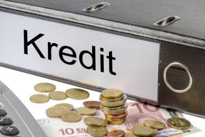 Kreditlərin 97.4 faizini banklar verib – RƏSMİ